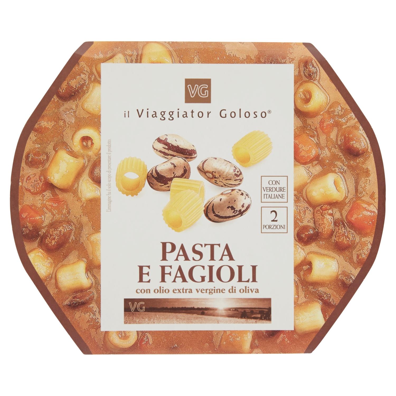 Pasta e fagioli con olio extra vergine di oliva