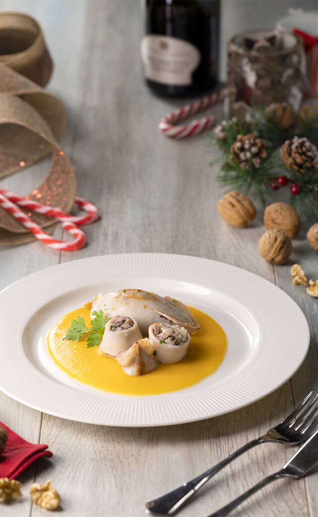 Calamari ripieni con crema di zucca e olive