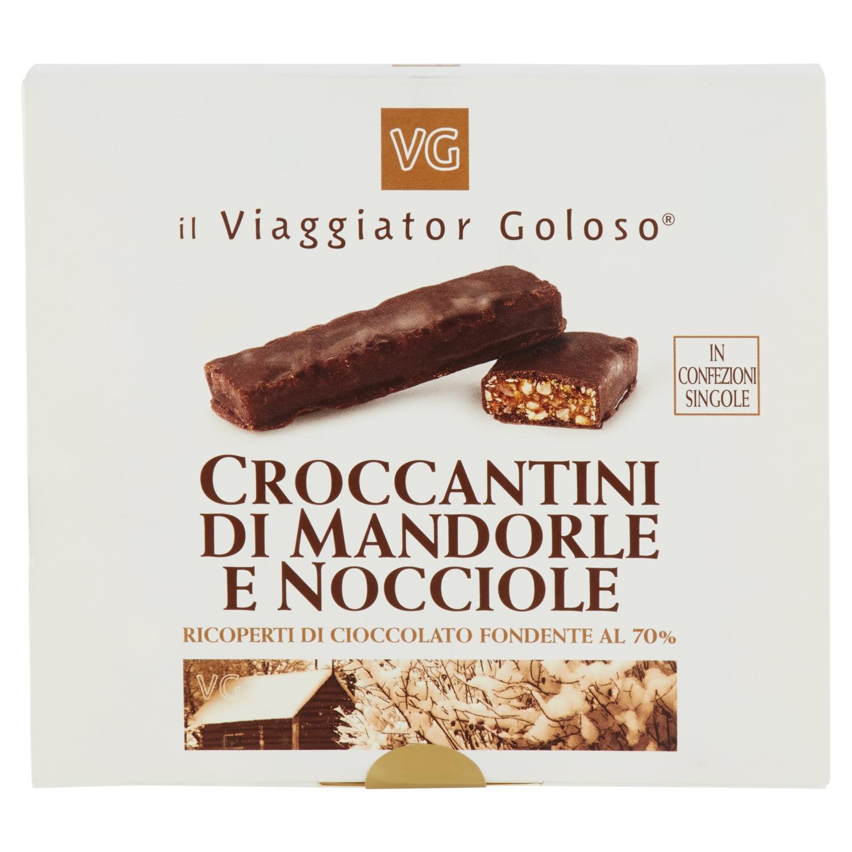 Croccantini di mandorle e nocciole ricoperte di cioccolato