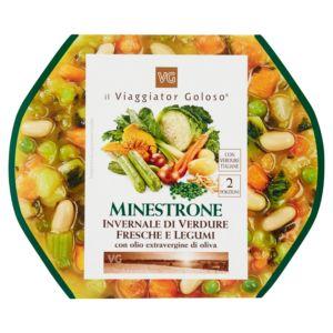 Minestrone invernale di verdure fresche e legumi
